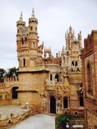 Castillo Colomares